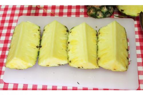 パイナップル切り方