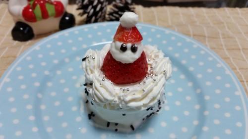 クリスマスいちごサンタ出来上がり!
